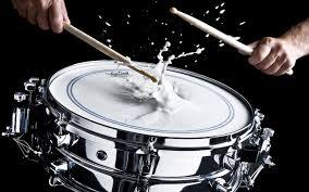 Cours de batterie, de musiques actuelles et de piano pour autistes