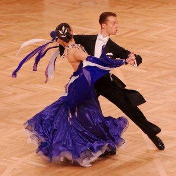 Danse sportive : rock, chachacha, rumba, pasodoble, samba, tango…