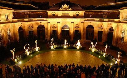 """L'oeuvre """"T.O.L.E.R.A.N.C.E"""" de Guy Ferrer exposée au Grand-Jardin"""