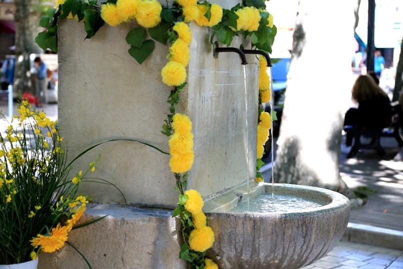 13ème Fête des Fontaines, entrez dans la farandole menée par Lo Cepon