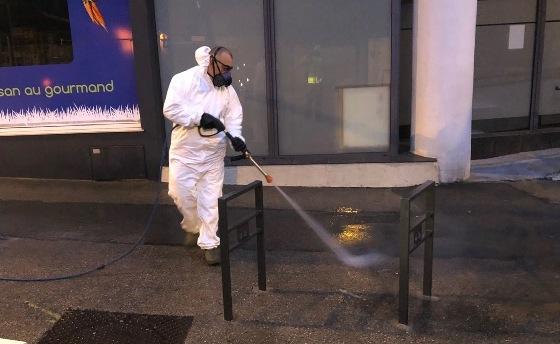Désinfection des espaces publics sensibles